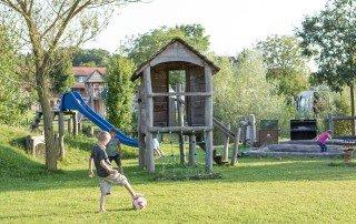 Ausstattung - Seehorn Spielplatz Fussball